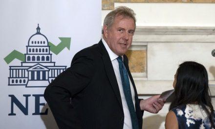 Renuncia embaixador do Reino Unido nos Estados Unidos
