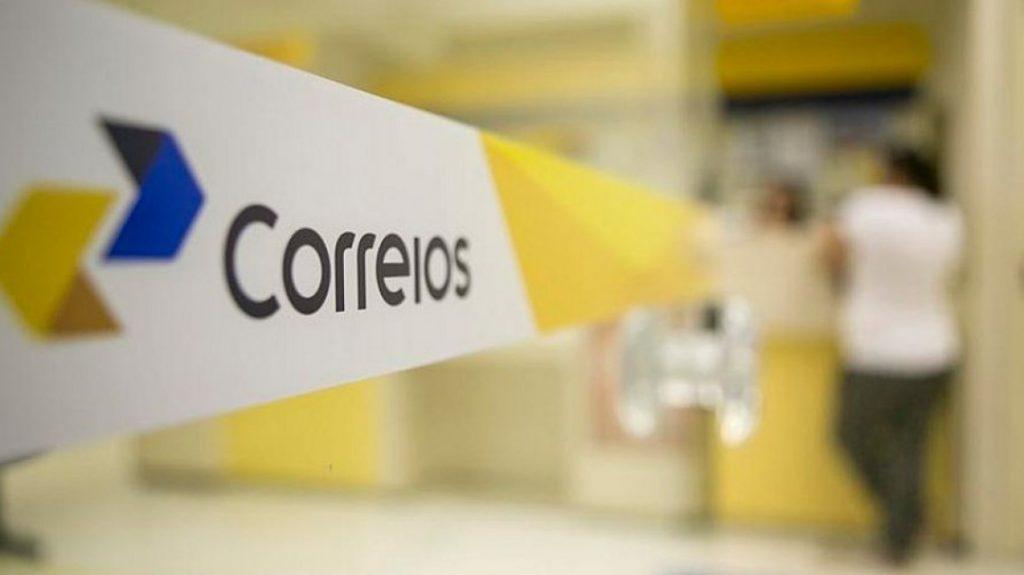 Funcionários dos Correios anunciam greve a partir desta quarta-feira, 31