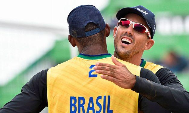 Brasil estreia no Pan com vitórias no vôlei de praia