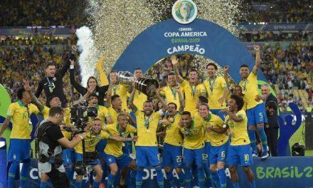O campeão voltou: Brasil vence Peru no Maracanã e conquista a Copa América
