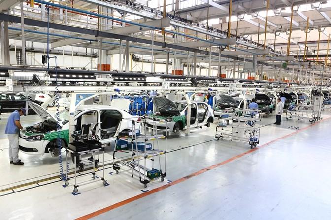 CNI reduz previsão de crescimento da economia e da indústria brasileiras