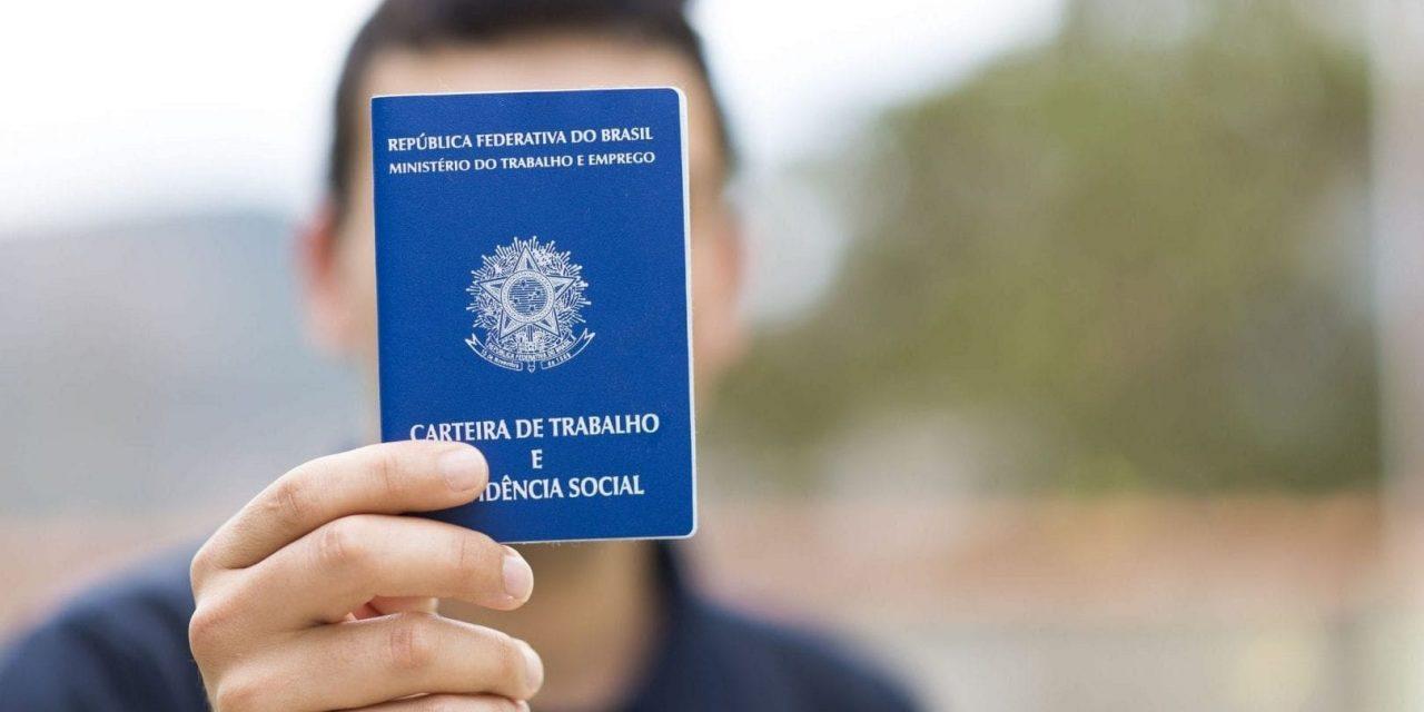 Cerca de 4 mil jovens precisam se recadastrar no programa Jovem Aprendiz, em Goiás