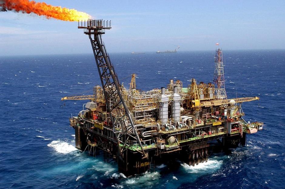 Brasil pode liderar produção global de petróleo em 10 anos, diz ANP