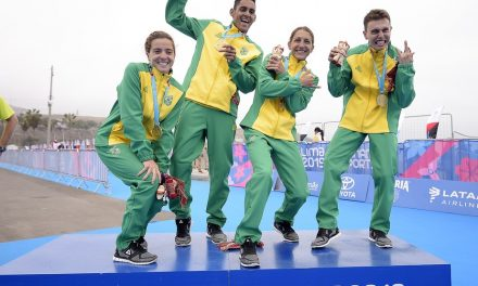 Brasil leva o ouro em estreia da prova de revezamento misto do triatlo nos Jogos Pan-Americanos