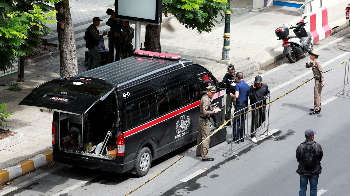 Bombas assustam cúpula internacional na Tailândia