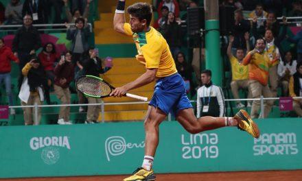 João Menezes conquista o ouro no Pan, e Brasil volta a bater o freguês Chile no tênis