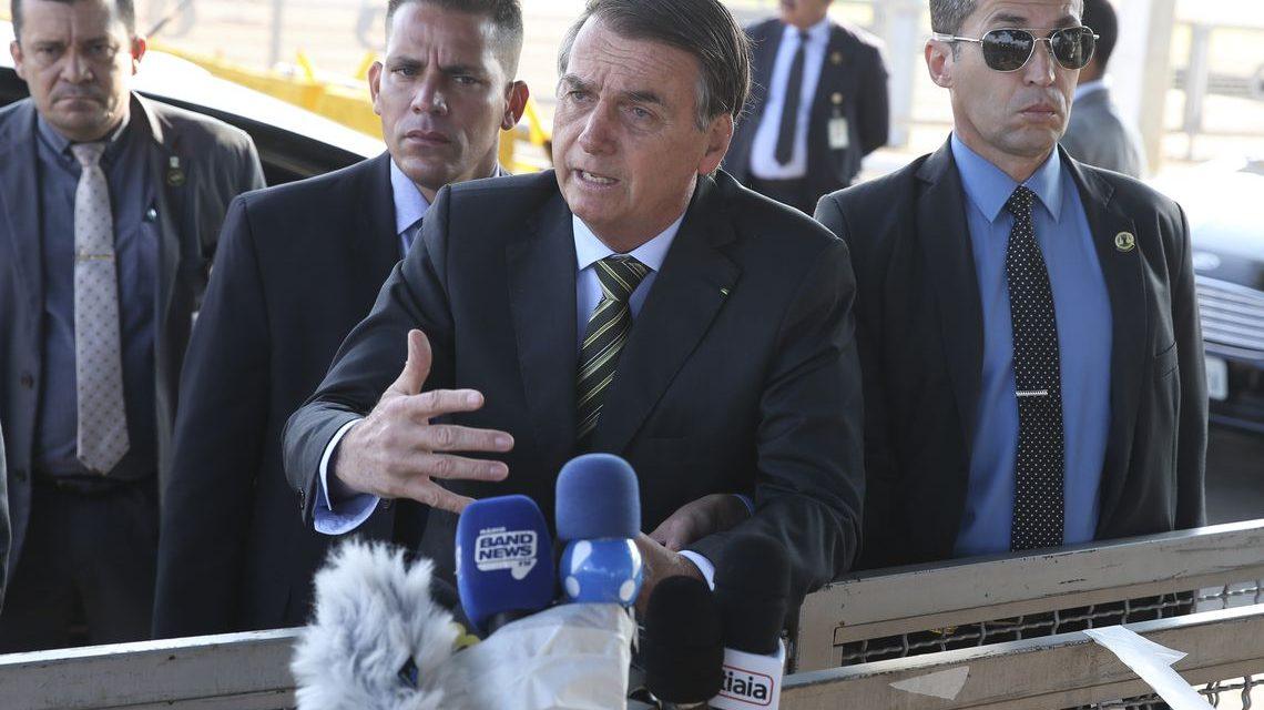 Bolsonaro: aumento de queimadas na Amazônia pode ser ação criminosa