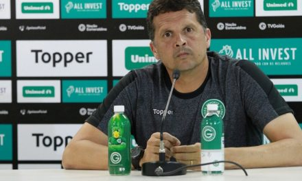 Goiás demite técnico após segunda goleada no Campeonato Brasileiro