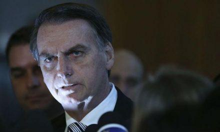 """Brasil deixa Mercosul, caso Argentina """"crie problema"""", diz Bolsonaro"""