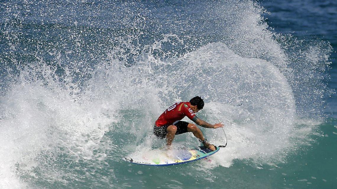 Surfe: Medina é vice no Taiti e Filipe Toledo lidera circuito mundial