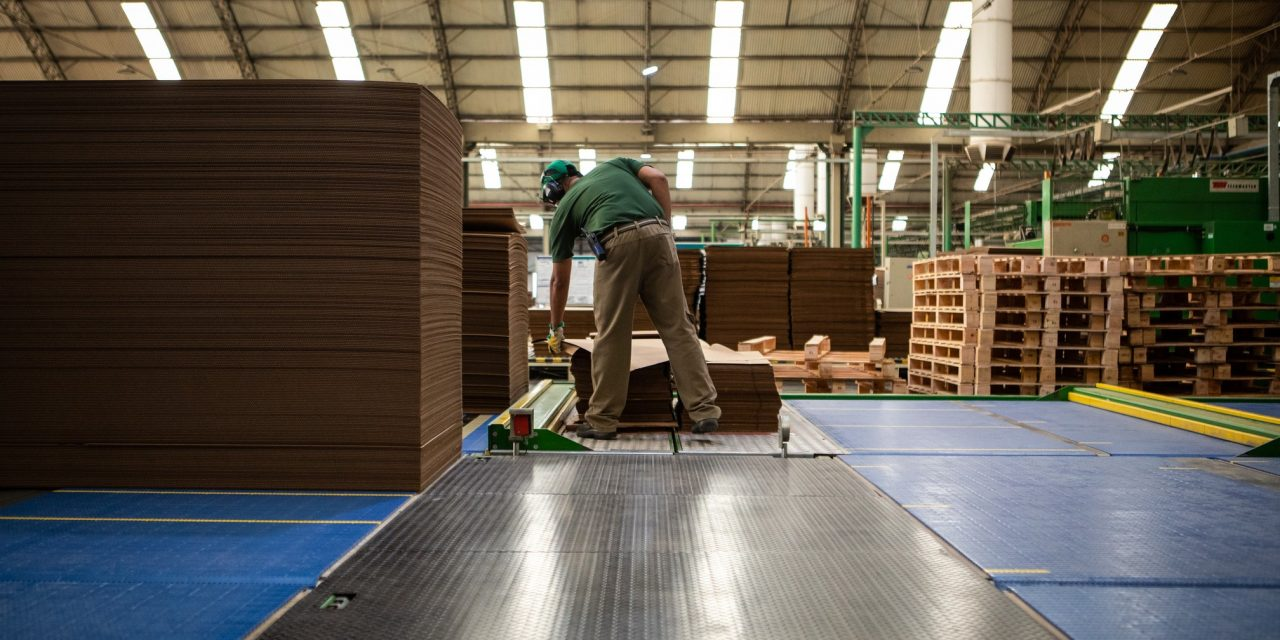 PIB do Brasil cresce 0,4% no 2º trimestre e afasta risco de recessão técnica