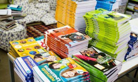 MEC bloqueia R$ 348,4 milhões para compra, produção e distribuição de livros didáticos