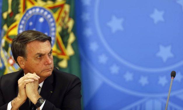 Bolsonaro diz que enquanto for presidente não fará demarcação de terras indígenas