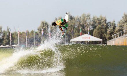 Gabriel Medina conquista o bi no Surf Ranch e assume a liderança do Mundial