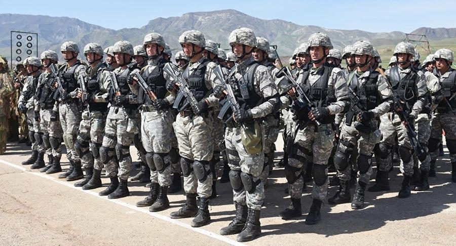 Estados Unidos reforçam presença militar no Oriente Médio após ataque