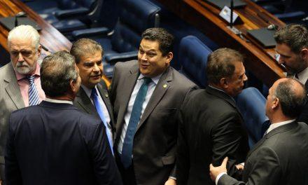 Senado rejeita dois primeiros destaques à reforma da Previdência