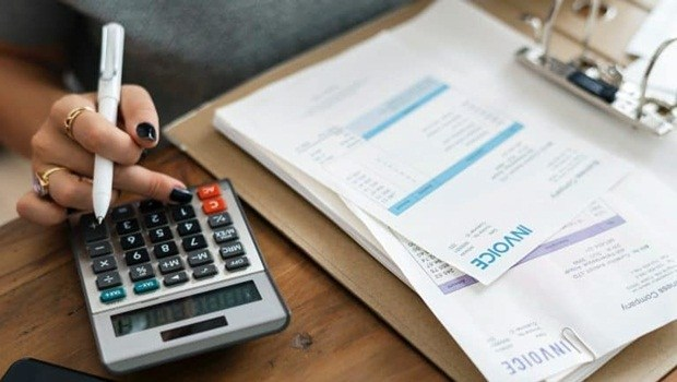 13° salário: saiba como funciona o pagamento extra e confira dicas de como usá-lo