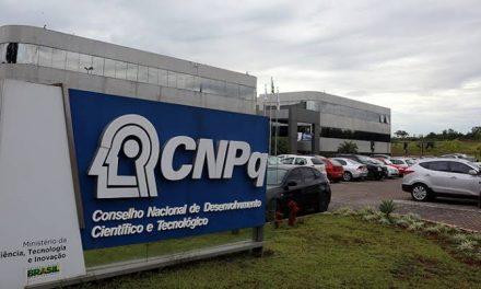 Governo libera R$ 250 milhões para bolsas do CNPq