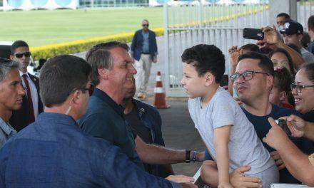 Bolsonaro volta a defender indulto natalino a policiais