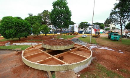 Obras da Praça do Cruzeiro seguem cronograma e previsão de reinauguração em março