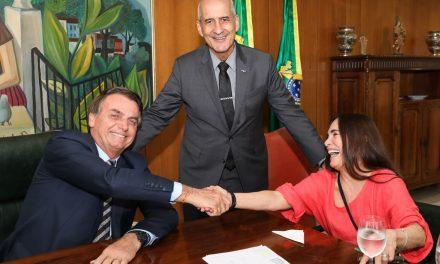 Regina Duarte aceita convite e assumirá Secretaria da Cultura