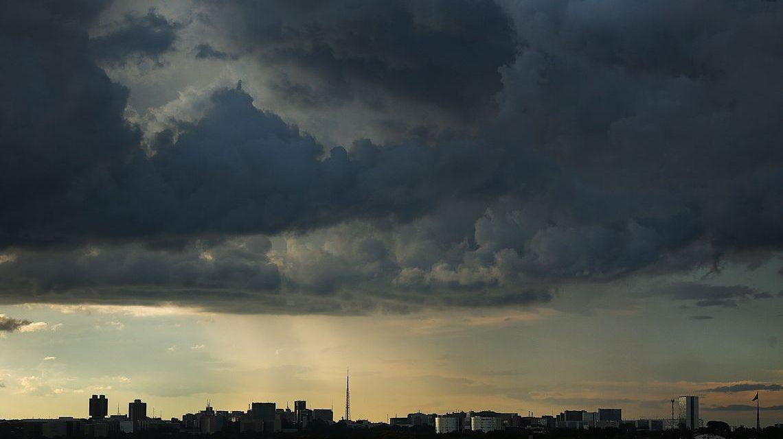 DF, ES, GO, MG e RJ têm risco de tempestades a partir desta quarta