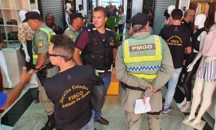 Operação na 44 identifica fraudes com máquina de cartão e irregularidades fiscais