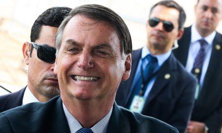 """Bolsonaro deseja que 2020 seja um ano tão """"vitorioso"""" quanto 2019"""