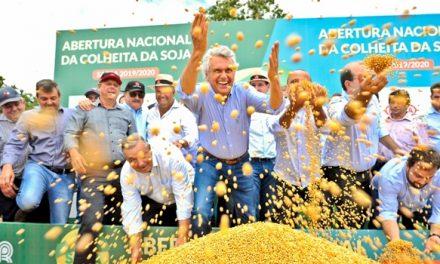 Em Jataí, Caiado celebra com produtores de soja resultados da safra 2019/2020