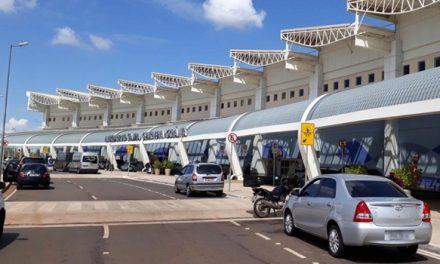 """Aeroporto de Goiânia: """"Ganho inicial deve ser o transporte internacional de cargas"""", diz secretário"""