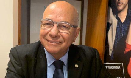 Professor Alcides nega disputa pela prefeitura de Aparecida e reforça apoio a Gustavo Mendanha