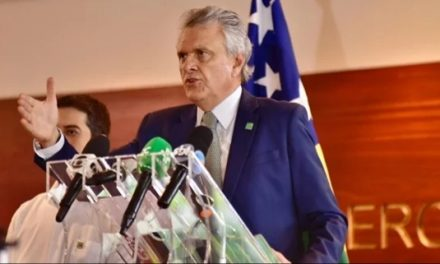 Governo Estadual paga folha de março, mas abril segue incerto