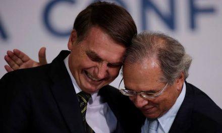 Bolsonaro retira competências do ministro da Economia sobre orçamento