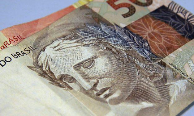 Ministério da Economia projeta queda de 4,7% na economia este ano