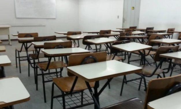 Conselho autoriza, mas suspensão de aulas presenciais até dia 30 de abril depende de decisão do governo