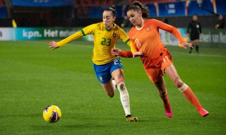 FIFPro diz que coronavírus ameaça crescimento do futebol feminino