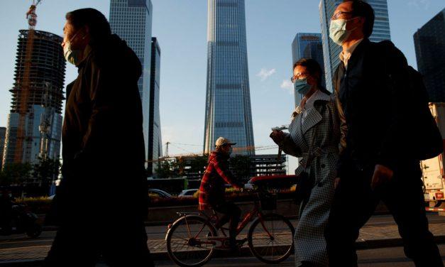 Estudo britânico: Uso de máscaras pode prevenir segunda onda de covid-19