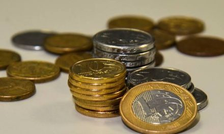 Arrecadação cai 28,9% em abril e fica em R$101,1 bilhões
