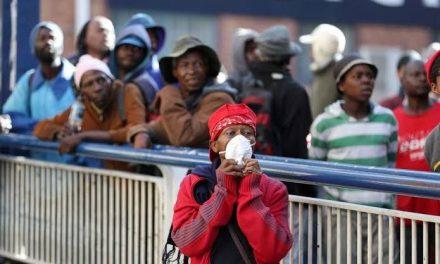 Cientistas estimam até 50 mil mortes por covid-19 na África do Sul