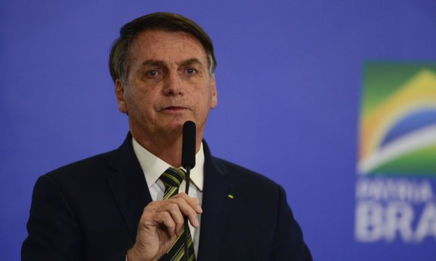 Bolsonaro sanciona parcialmente lei que cria a Nova Embratur