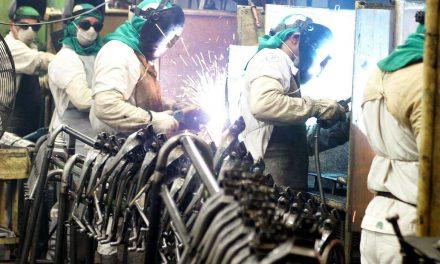 Produção industrial cai 9,1% em março, diz IBGE