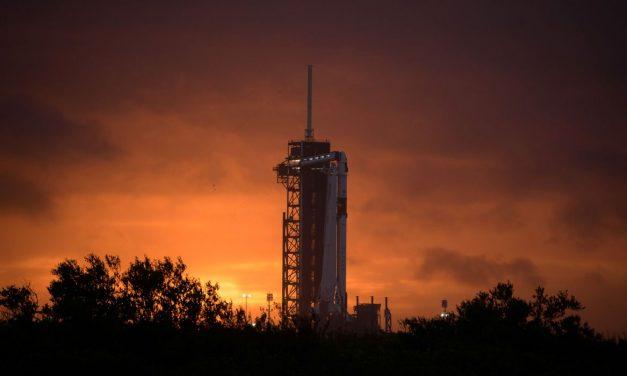 SpaceX lança primeira missão espacial tripulada nesta quarta-feira