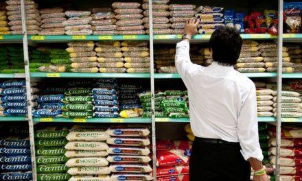 Varejo tem queda de 2,5% nas vendas, diz pesquisa do IBGE