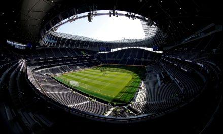 Governo britânico planeja abertura dos estádios ao público em outubro