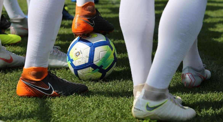Botafogo e Fluminense não querem volta dos treinos
