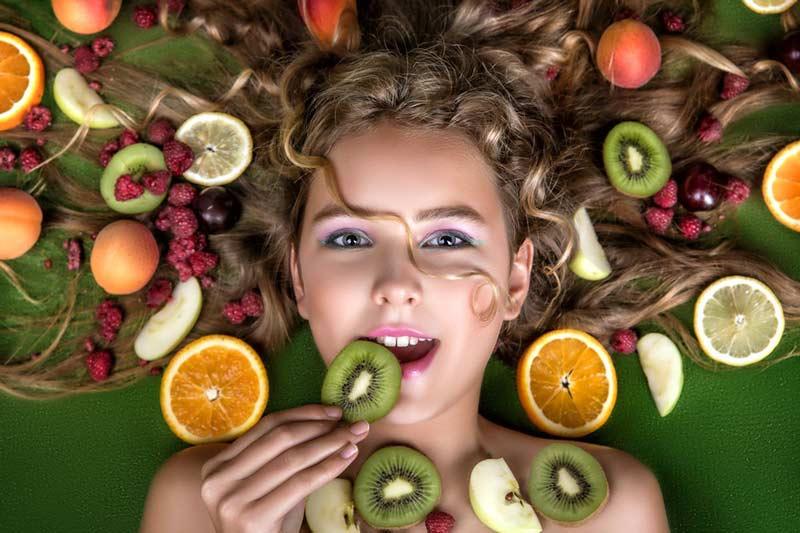 Alimentos que ajudam a diminuir a queda de cabelos