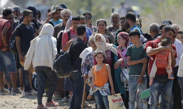 Mais de 1% da população mundial sofre com deslocamento forçado