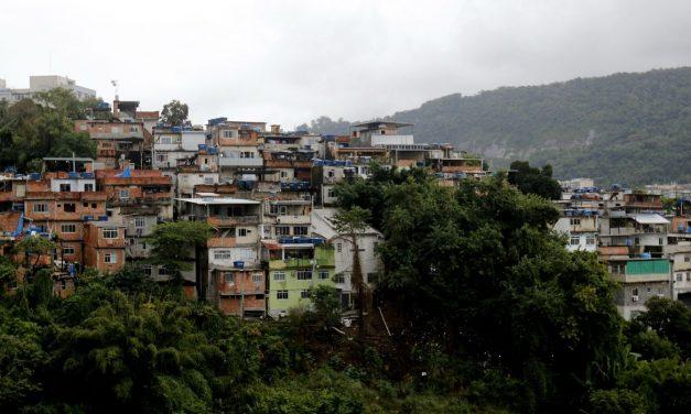 ONG diz que Maré acumula mais de 700 suspeitas de covid-19 sem teste