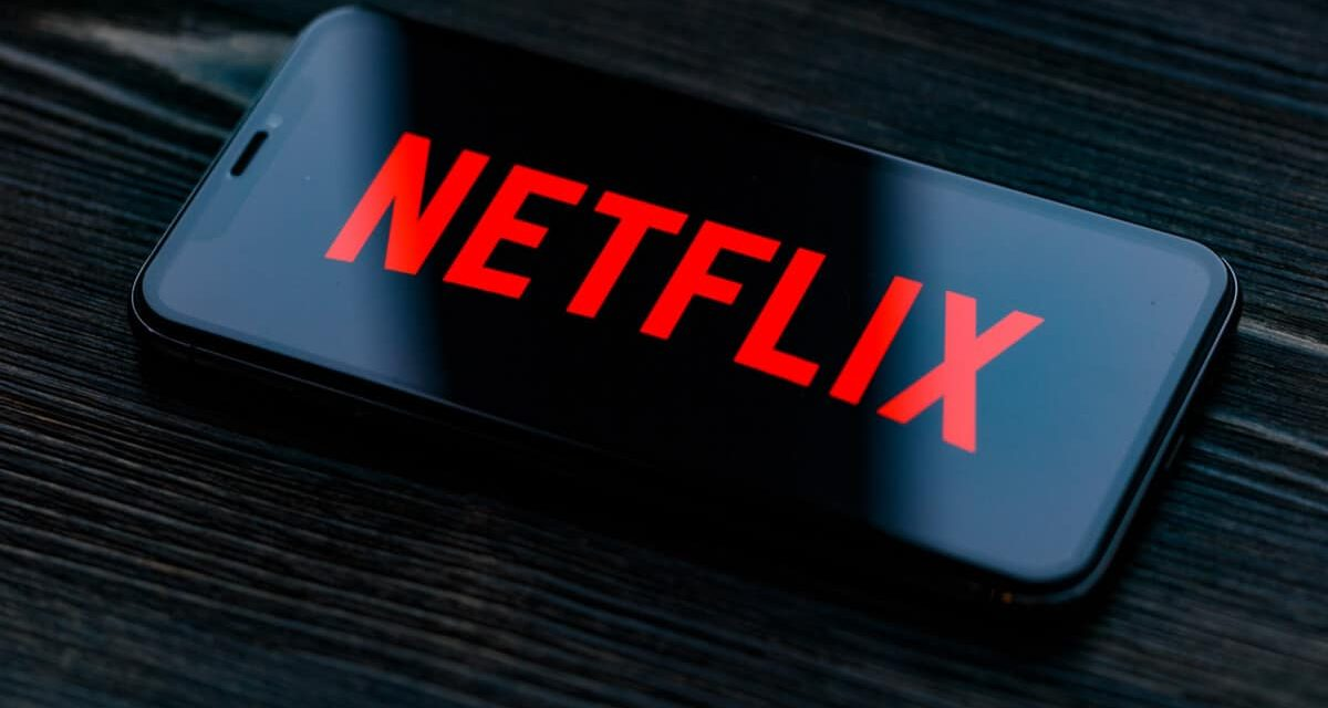 Netflix supera TV por assinatura em número de assinantes no Brasil