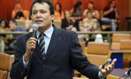 Covid-19: Felisberto Tavares segue na UTI